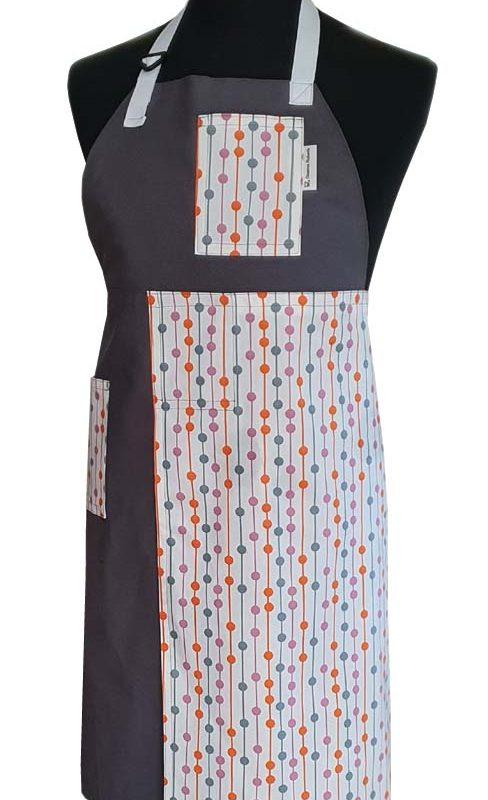 Split-leg apron - Focus - 76 x 89 - Deanna Roberts Studio