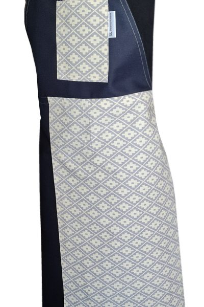 Diamond Light Split-leg apron - Deanna Roberts Studio (83 x 96)