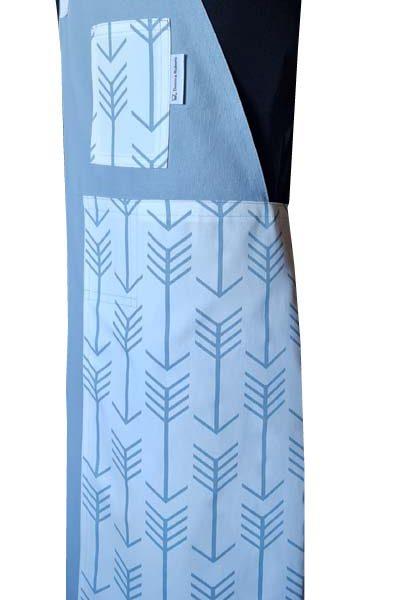 Follow Me Split-leg apron (79 x 90) Crossover back - Deanna Roberts Studio