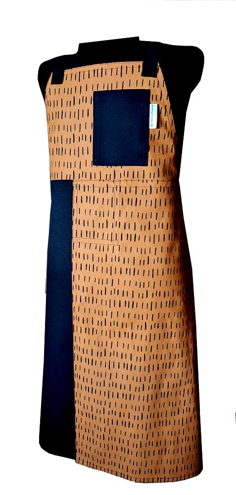 Humble Bee Split-leg apron - Deanna Roberts (79 x 97)